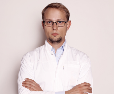 Paweł Dec - Hand surgery